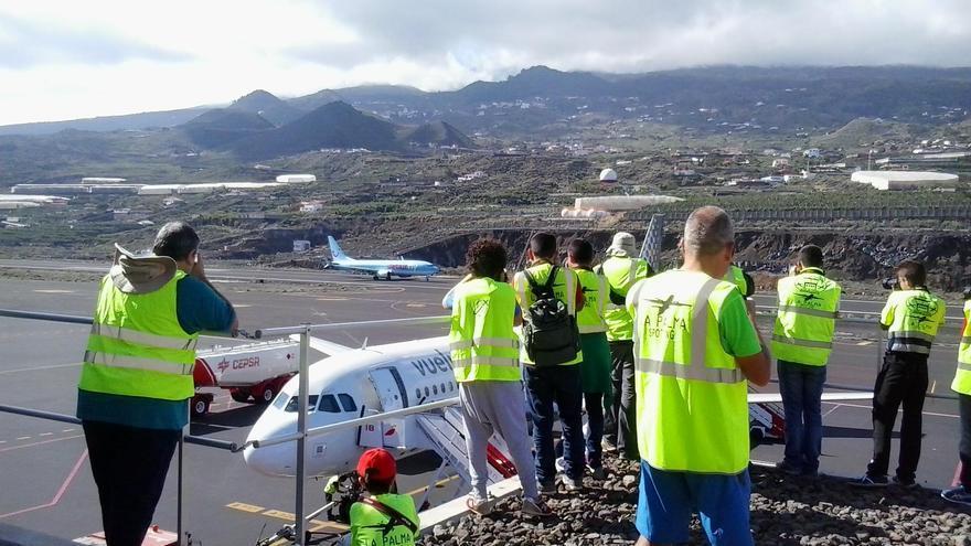 Aficionados a la fotografía aeronáutica que participan este miércoles en 'II Open Day SPC'.