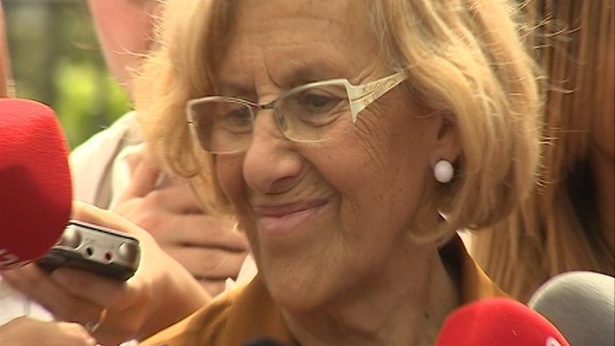 """Carmena responde a Aguirre que sólo ha estado fuera del sistema democrático """"cuando no lo había y luchaba por él"""""""