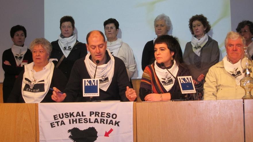 El lehendakari se reunirá este miércoles con familiares de presos de ETA