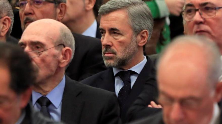 El exministro Ángel Acebes, durante la primera sesión del juicio por la salida a Bolsa de Bankia.