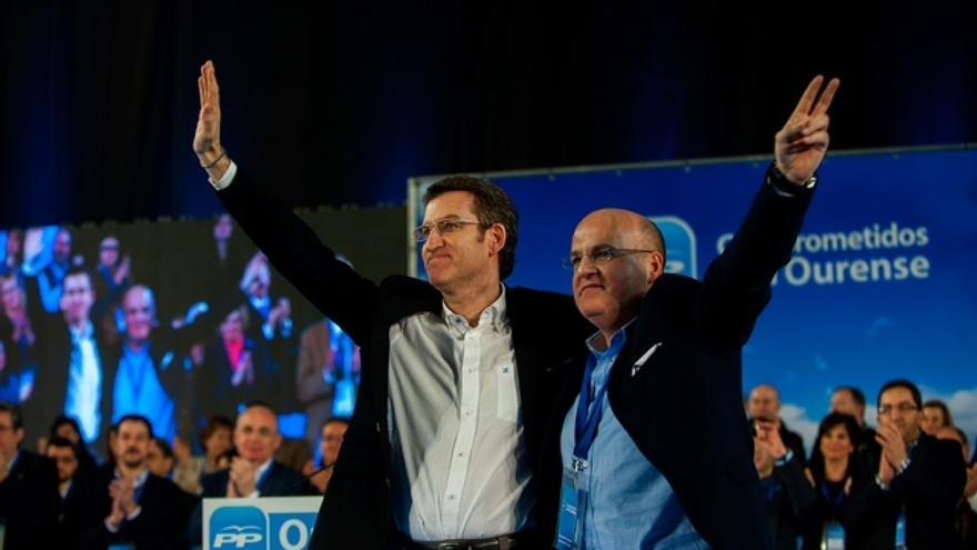 Feijóo y José Manuel Baltar, hijo de José Luis Baltar, en el congreso del PP de Ourense