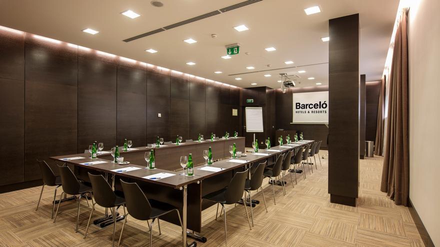 Barceló inaugura su tercer hotel en Praga y suma cuatro en la República Checa
