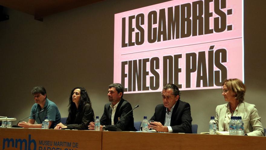 Miembros de la candidatura Eines de País, que formarán parte del próximo Consejo Ejecutivo de la Cambra de Comerç de Barcelona, el pasado 27 de mayo.