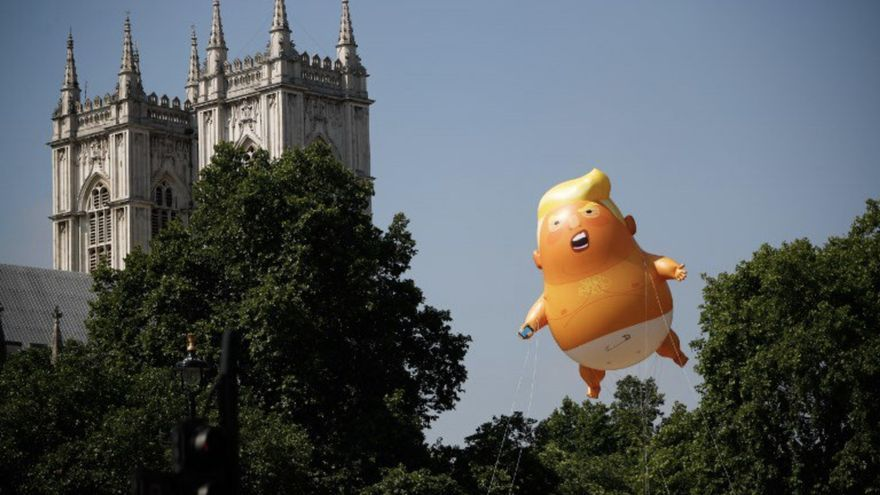 Imagen del Trump Baby sobrevolando las calles de Londres