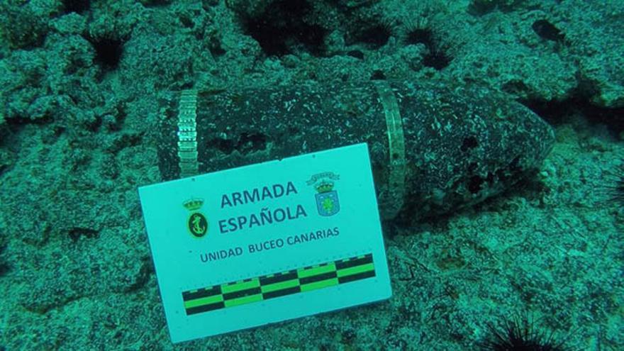 Explosivo hallado en aguas de La Graciosa.
