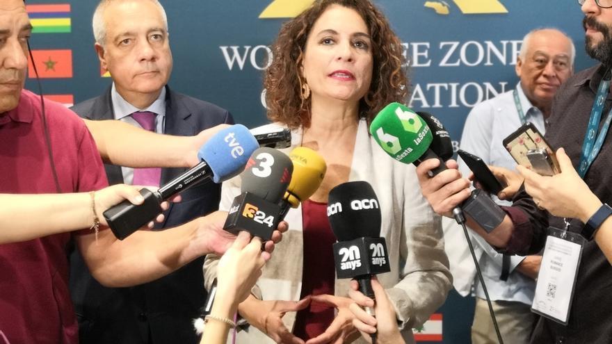 """La ministra Montero advierte que no habrá una """"segunda vuelta"""" para investir a Sánchez"""