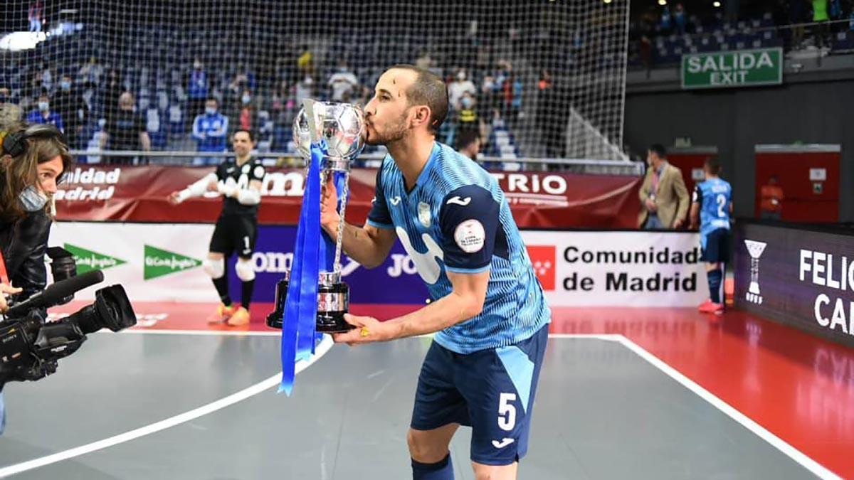 Boyis celebrando su cuarto título de Copa de España