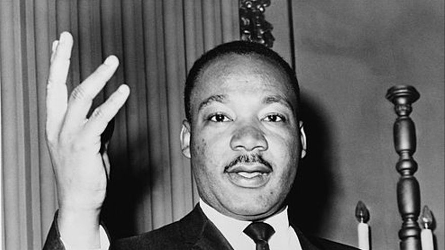 Martin Luther King, Jr / Dick DeMarsico