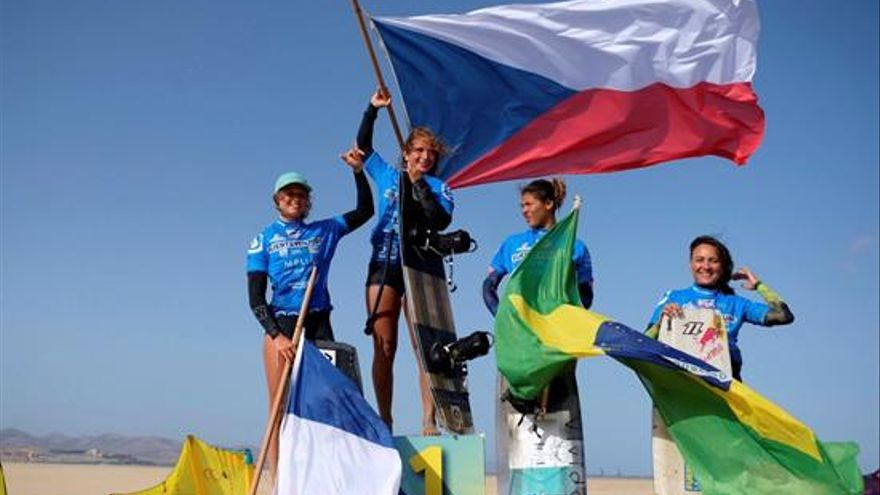 Paula Novotna conquista Fuerteventura