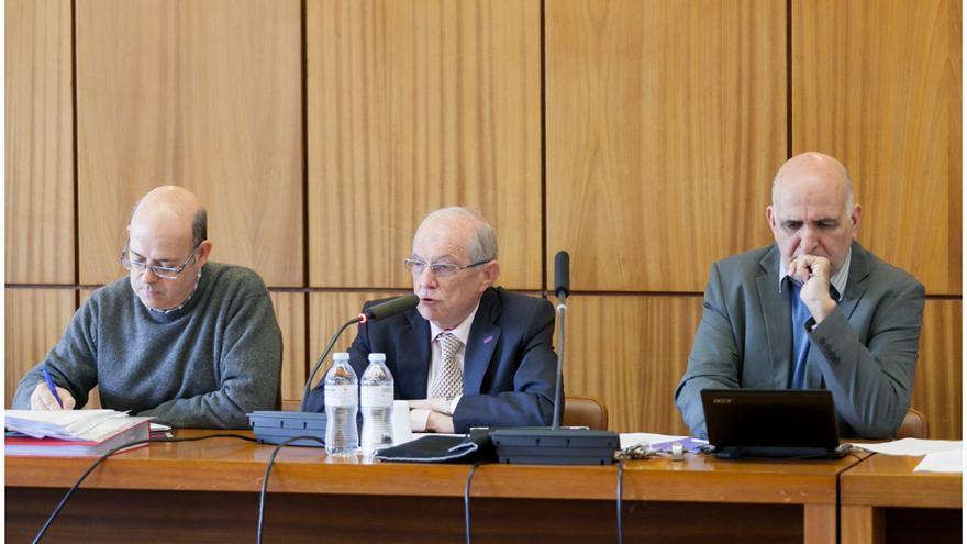 Eduardo Doménech preside el consejo de Gobierno de la ULL.