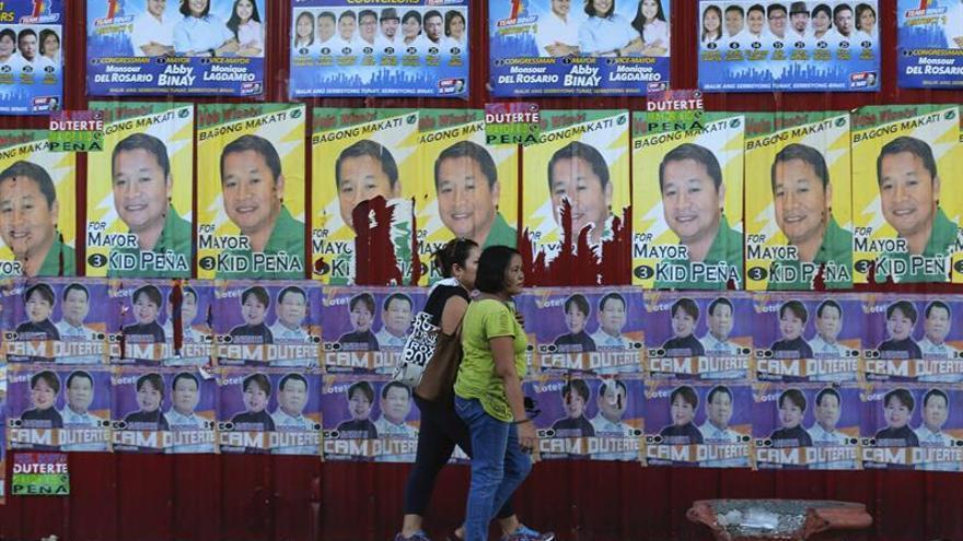 Duterte mantiene su ventaja a tres días de las elecciones en Filipinas