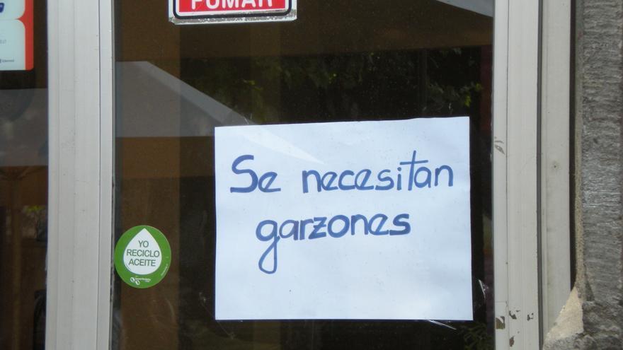 Puerta de una cafetería de Santiago de Chile / E.A.