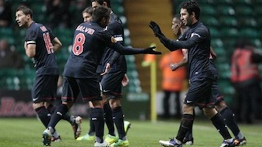 Los rojiblancos celebran el gol de la victoria. (Europa Press)