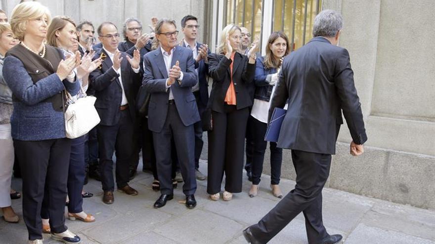 Mas: incriminar a Homs pone en juego la democracia misma en juicio político