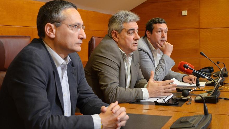 """El PP señala a Revilla como """"responsable político"""" de las """"irregularidades"""" del caso Racing"""