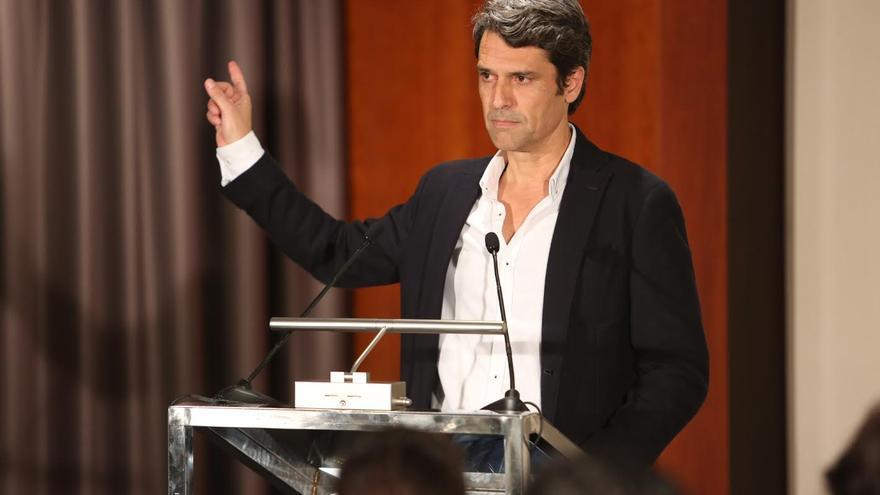 Enrique Hernández Bento, en la presentación de su candidatura a presidente del PP canario. (ALEJANDRO RAMOS)