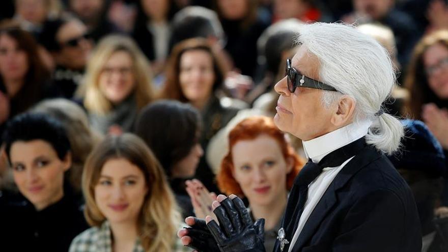 Lagerfeld hará historia mañana con el primer desfile de Chanel en Cuba