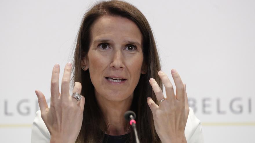 La primera ministra, la liberal francófona Sophie Wilmès.