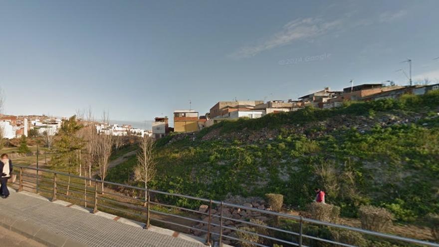 Aledaños del cauce del Calamón, cerca de donde se encuentra la veintena de casas aún en pie.