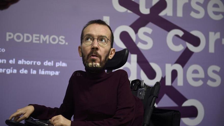 """Echenique cree que el PP usa a Barberá para """"dar pasos atrás"""" sobre corrupción"""