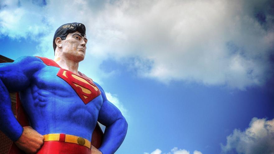 La estatua de Superman en Metropolis, Illinois, donde oficialmente se crió el personaje de cómic.