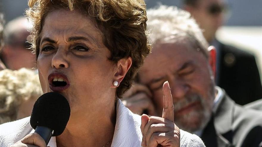 Defensa de Rousseff presenta sus últimos alegatos e insiste en su inocencia