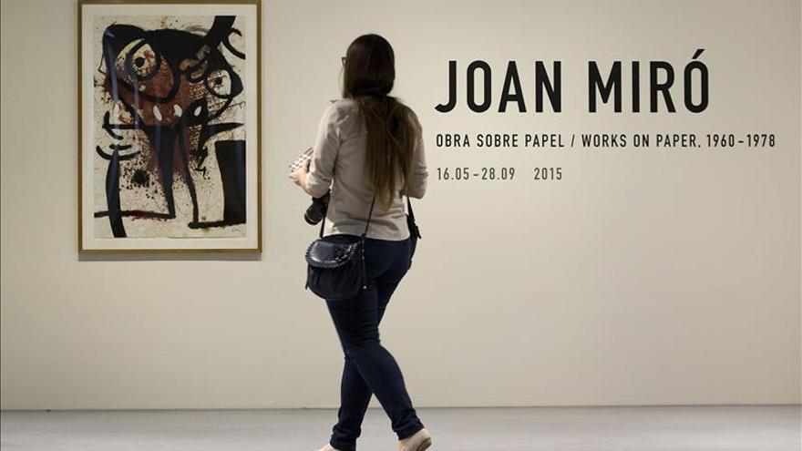 Joan Miró viaja de lo terrenal a lo cósmico en el Centro Pompidou de Málaga