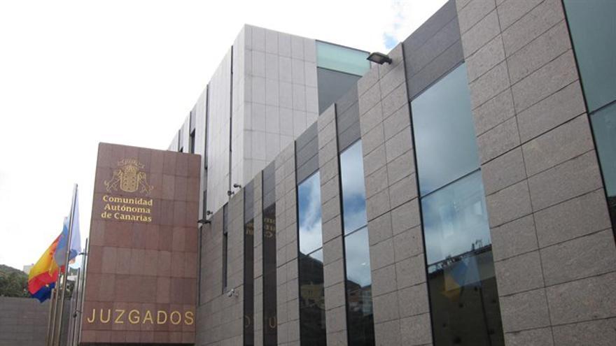 Palacio de Justicia de La Laguna, junto a la plaza de los Adelantados