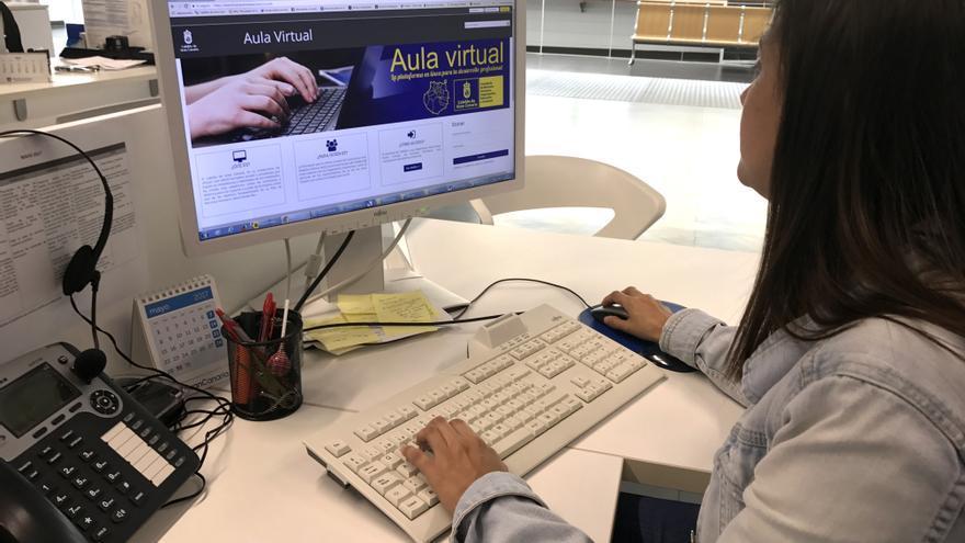 El Cabildo pone en marcha un aula virtual de formación para los empleados públicos de Gran Canaria.