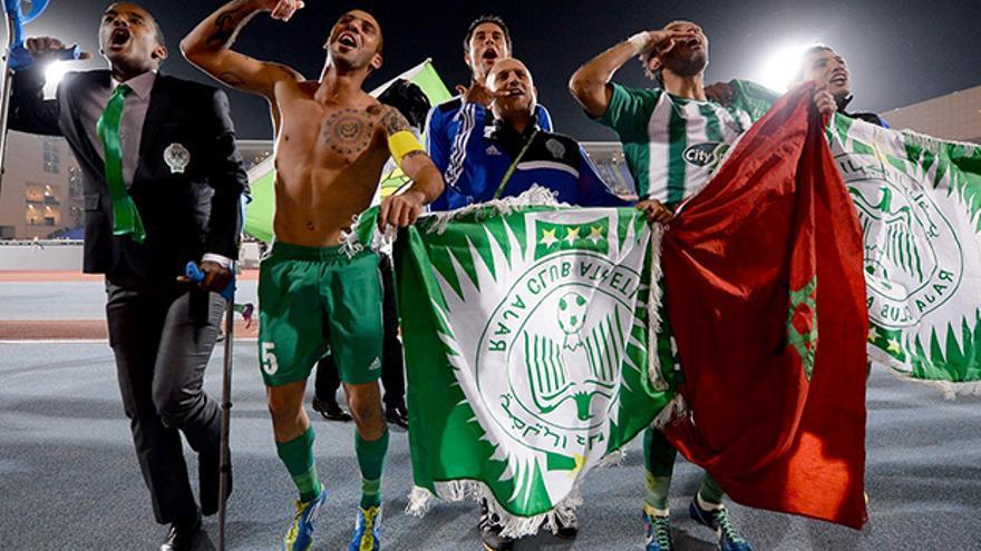 Jugadores del Raja Casablanca festejan una victoria.