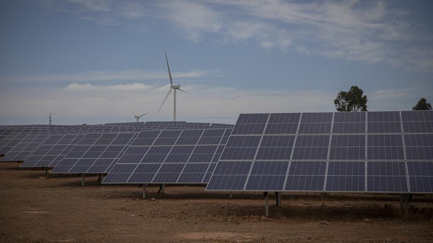 Los ayuntamientos de La Sagra piden una ordenación regional o nacional ante la avalancha de proyectos para instalaciones fotovoltaicas