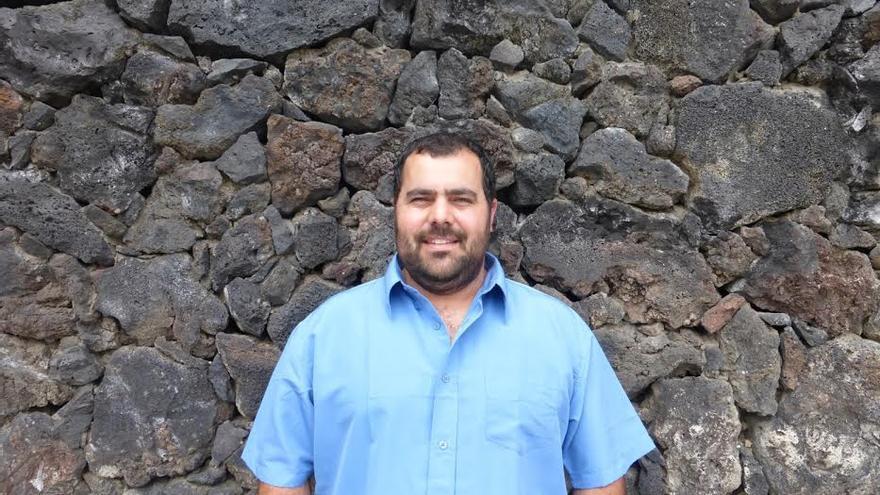 """Jesús Besay Rodríguez rechaza la política de """"intercambio de sillones""""."""
