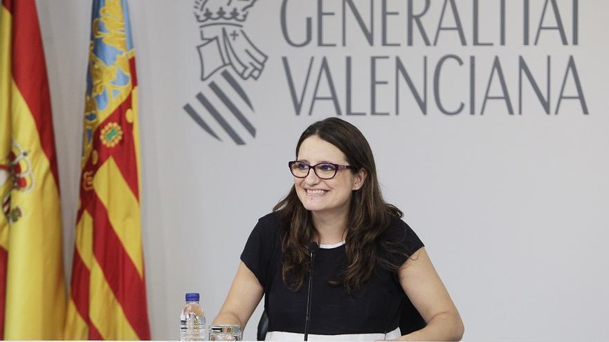 Mónica Oltra ha estrenado escenario de la sala de prensa