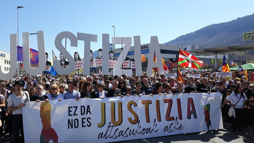 Representantes institucionales y políticos de Navarra respaldan la manifestación contra la sentencia del caso Alsasua
