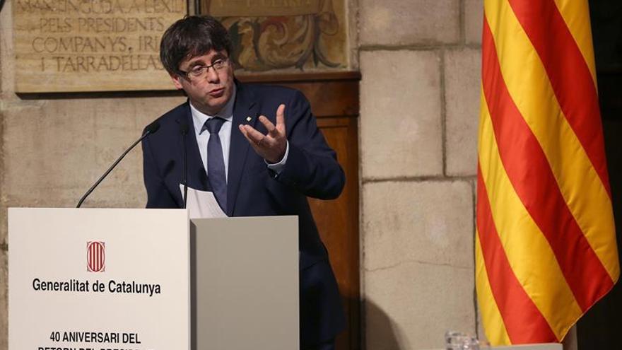 Puigdemont pide al Senado dar una conferencia sobre el referéndum