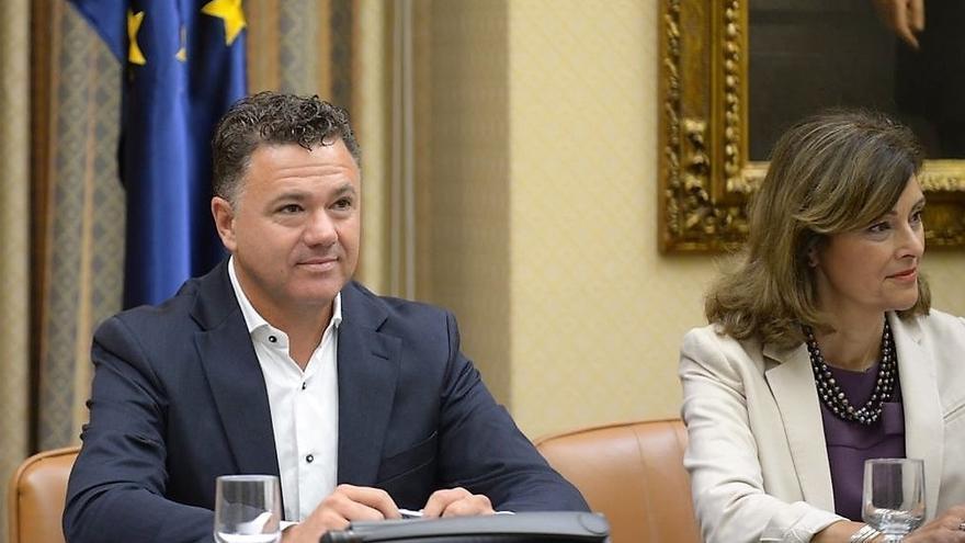 El juez Yllanes y el guardia civil Delgado se desmarcan del apoyo de Podemos a los imputados de Alsasua