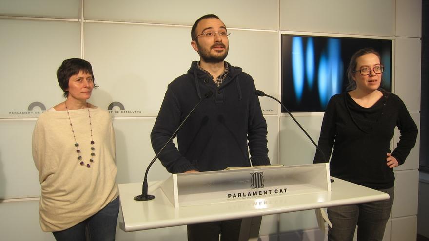 Los diputados de la CUP Pilar Castillejo, Albert Botran y Eulàlia Reguant