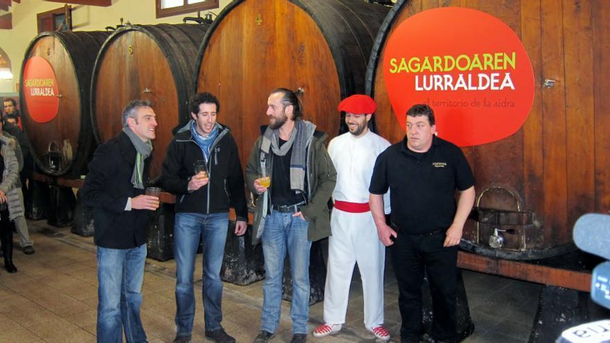 """La producción de sidra vasca de 2013 asciende a 10 millones de litros y este año será """"ligera y refrescante"""""""