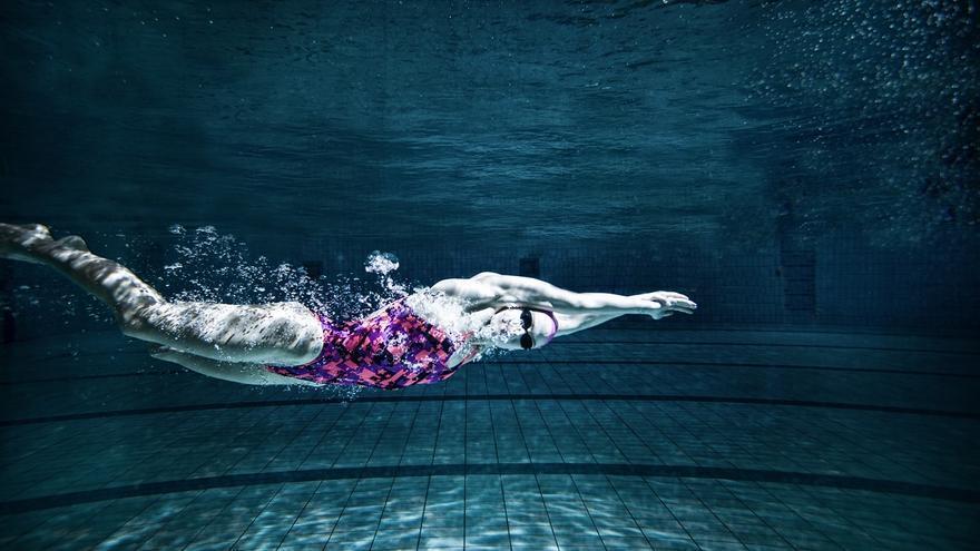 La nadadora olímpica Mireia Belmonte durante una sesión fotográfica. 19/01/2015. | FOTO: LUIS DE LAS ALAS