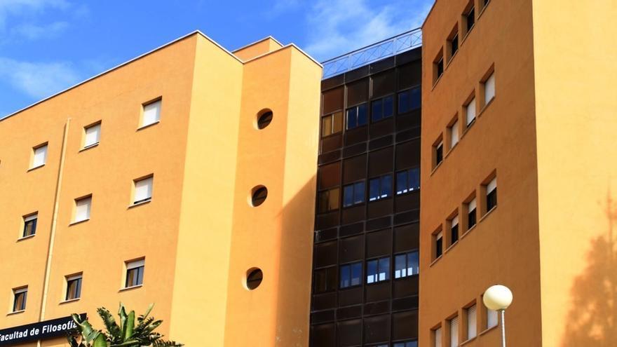 La Sociedad de Filosofía de la Región de Murcia (SFRM) lamenta la falta de planificación de la consejería por convocatoria de urgencia de interinos