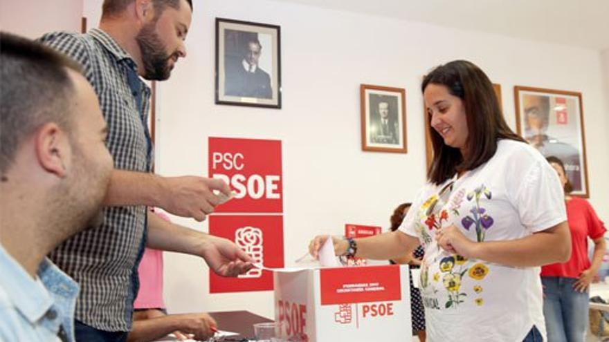 Votaciones en las primarias del PSOE. (Alejandro Ramos)