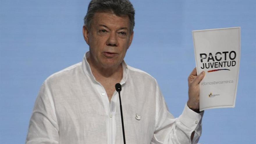 """Santos reconoce ante el APEC que nuevo acuerdo con las FARC es """"mucho mejor"""""""