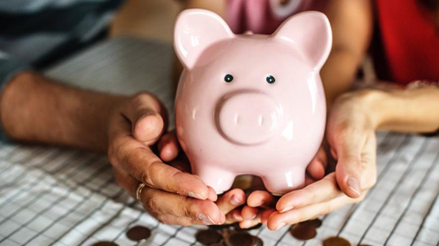 Cuatro factores que influyen en el precio de un seguro médico.