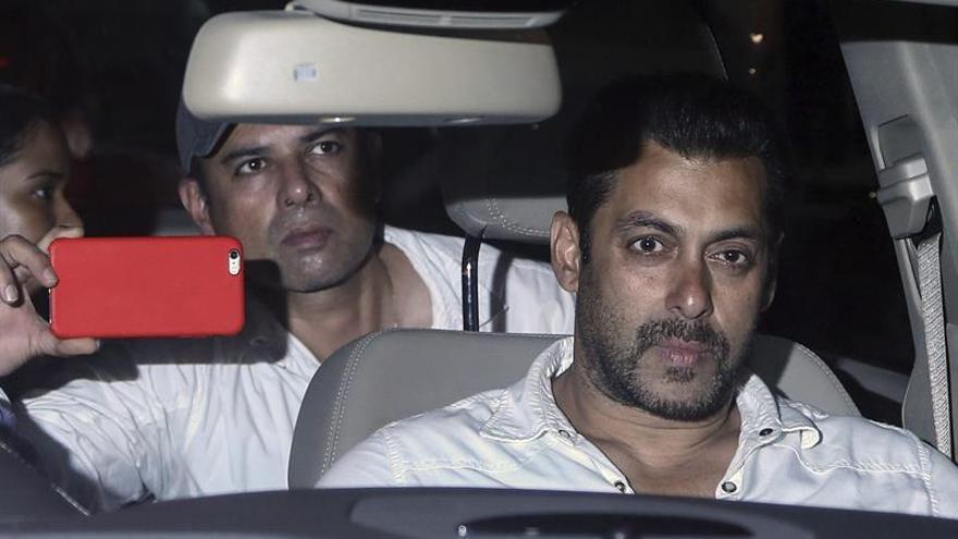 La estrella de Bollywood Salman Khan gana otra larga batalla en los juzgados