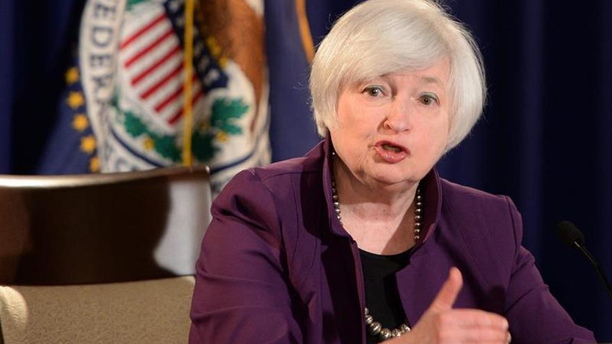 La Fed mantiene las tasas de interés en EEUU pero podría subirlas en otoño