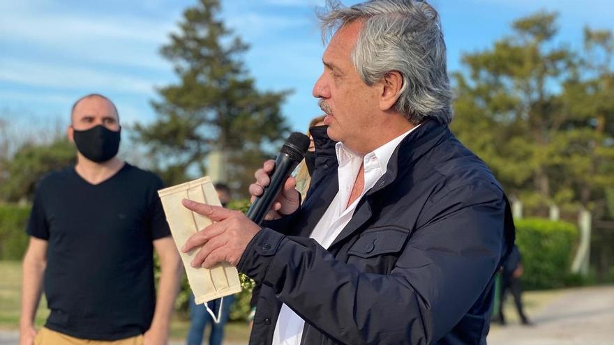 Guzmán se suma a la comitiva de Alberto Fernández en México en busca de apoyos para la negociación con el FMI