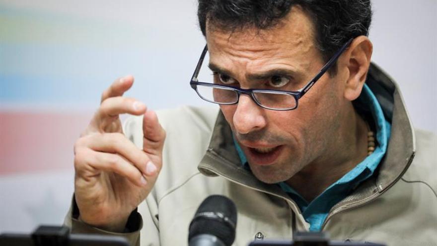 Capriles dice que ordenaron detener a magistrados nombrados por el Parlamento