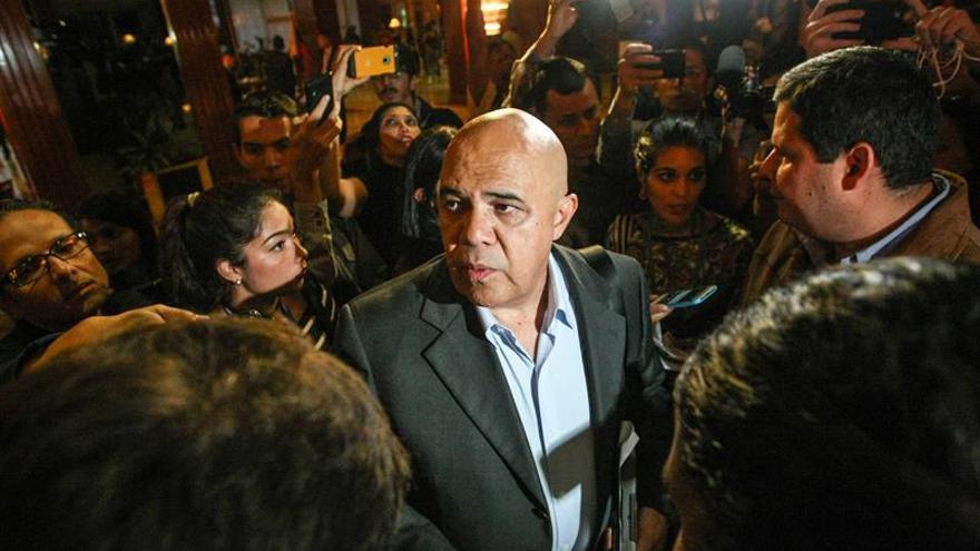 La oposición venezolana dice que el Gobierno paralizó el cumplimiento de los acuerdos del diálogo