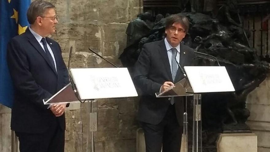 Puig y Puigdemont acuerdan una comisión para el seguimiento del Corredor Mediterráneo y la reciprocidad RTVV-TV3