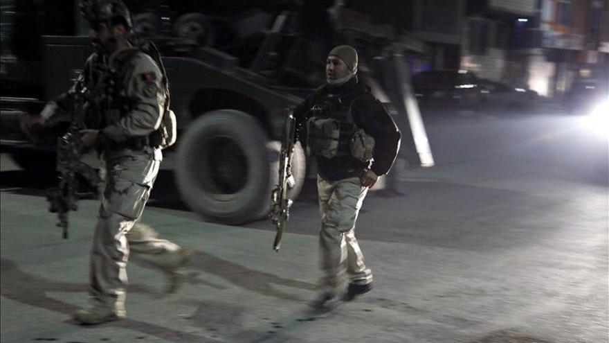 Evacuados los atrapados por el ataque cerca de la embajada española en Kabul
